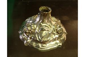 Base calice veneziano sbalzato e cesellato